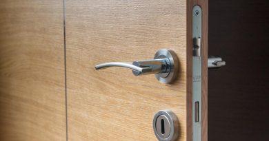 Pronto intervento fabbro: apertura porte e sostituzione serrature
